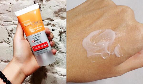 Neutrogena Rapid Clear Acne Defense Face Lotion có kết cấu dạng kem mịn