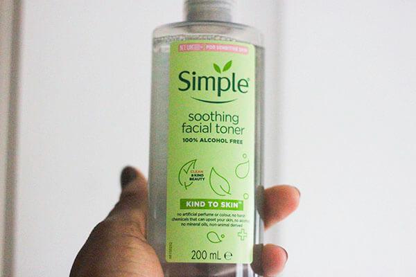 Rinh một em Toner Simple để đem lại sự diệu kỳ cho làn da ngay nào