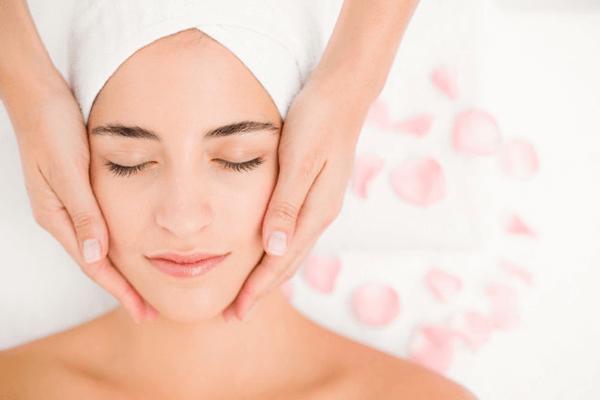 Tác dụng của kem dưỡng da ban đêm đối với làn da của bạn.