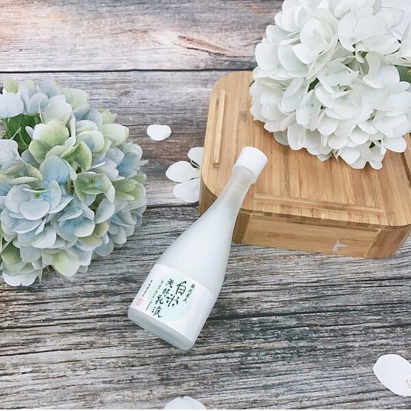 ới công thức lên mem cổ truyền nổi tiếng, Sake lotion được giới mỹ phẩm yêu thích