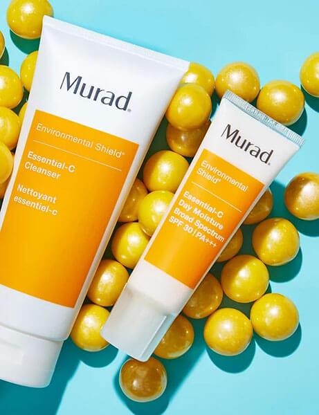 Sữa rửa mặt Murad Essential C Cleanser dành cho da dầu