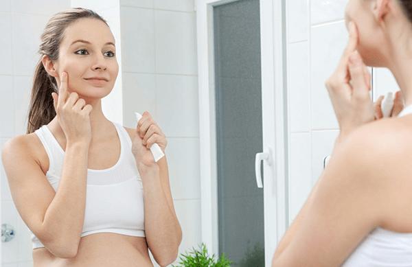 Bà bầu có nên dùng kem dưỡng da hay không?