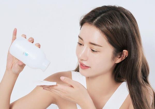 Toner giúp chăm sóc da nhạy cảm đẹp tự nhiên, khỏe từ bên trong