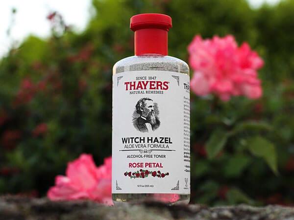 Thayer Alcohol Free Rose Petal Witch Hazel Toner nuôi dưỡng làn da sáng khỏe từ sâu bên trong