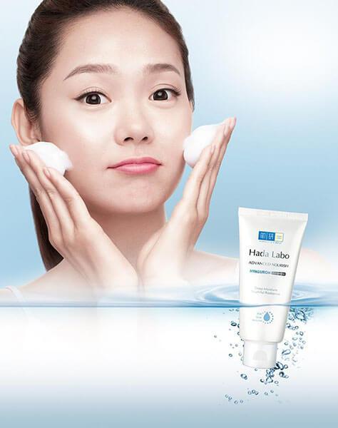 Top sữa rửa mặt cho da khô: Hada Labo Advanced Nourish Hyaluron Cleanser