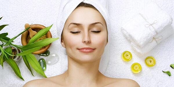 Chăm sóc da khô hằng ngày để da luôn được khỏe mạnh