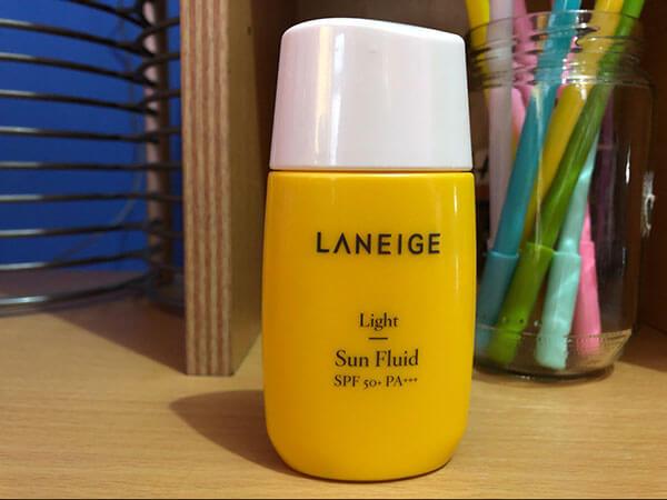 Giá thành sản phẩm Laneige khá cao so với các loại kem chống nắng khác
