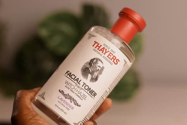 Giúp tiệt trùng các vi khuẩn gây mụn, điều tiết lượng dầu vàlàm sạch da an toàn